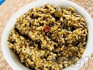 Коприва с ориз и стафиди